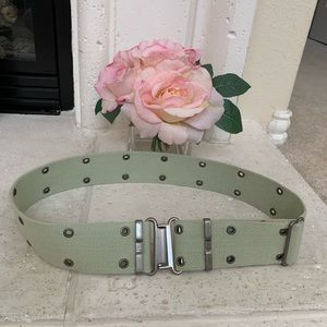 Express Grommet Military Belt size S